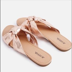 JustFab Jasmyna sandal in a rose gold. BRAND NEW!